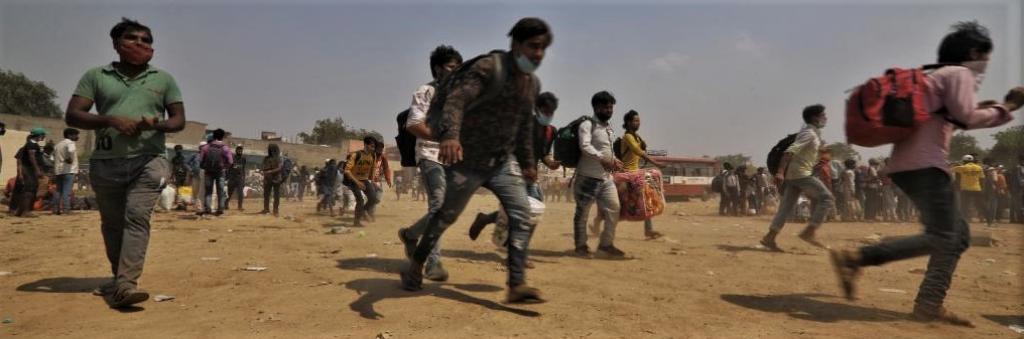 Returning migrants. Photo: Vikas Chaudhury