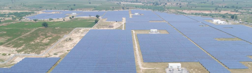 India added 989 MW of solar power generation capacity Q1 2020 — a third of total target supposed to be commissioned. Photo: Wikimedia Commons