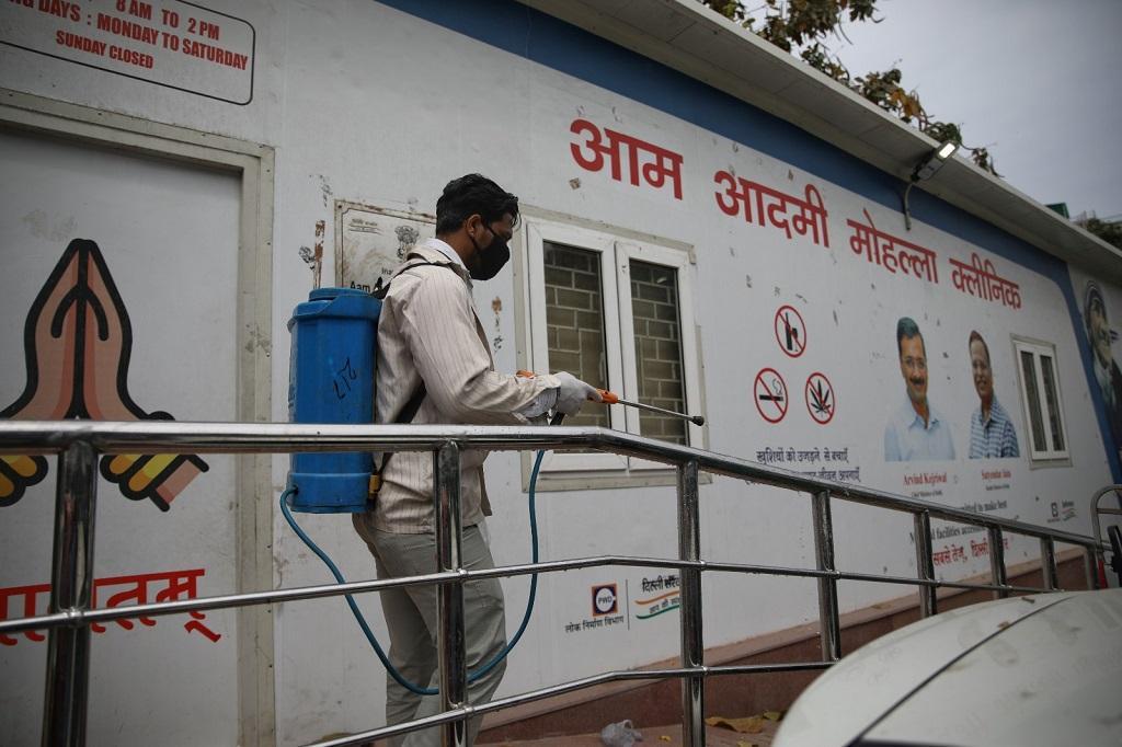कोविड-19: दिल्ली में सामुदायिक प्रसार पर फंसा तकनीकी पेंच