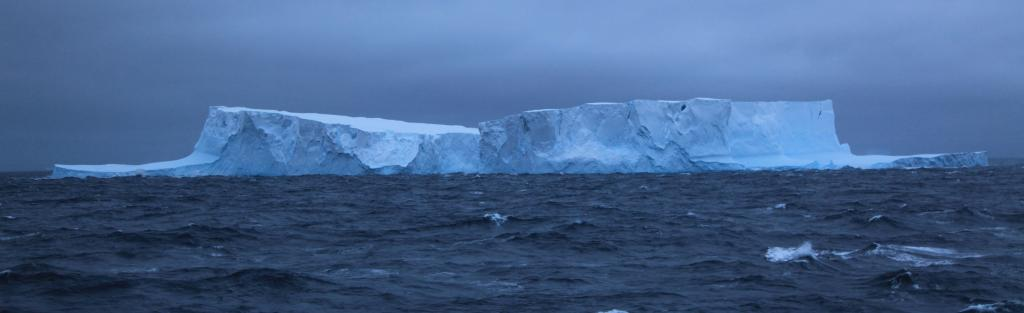 A new study has highlighted the crucial role that sea ice across the Southern Ocean played in controlling atmospheric carbon dioxide levels during times of past climate change. Photo: Wikimedia Commons