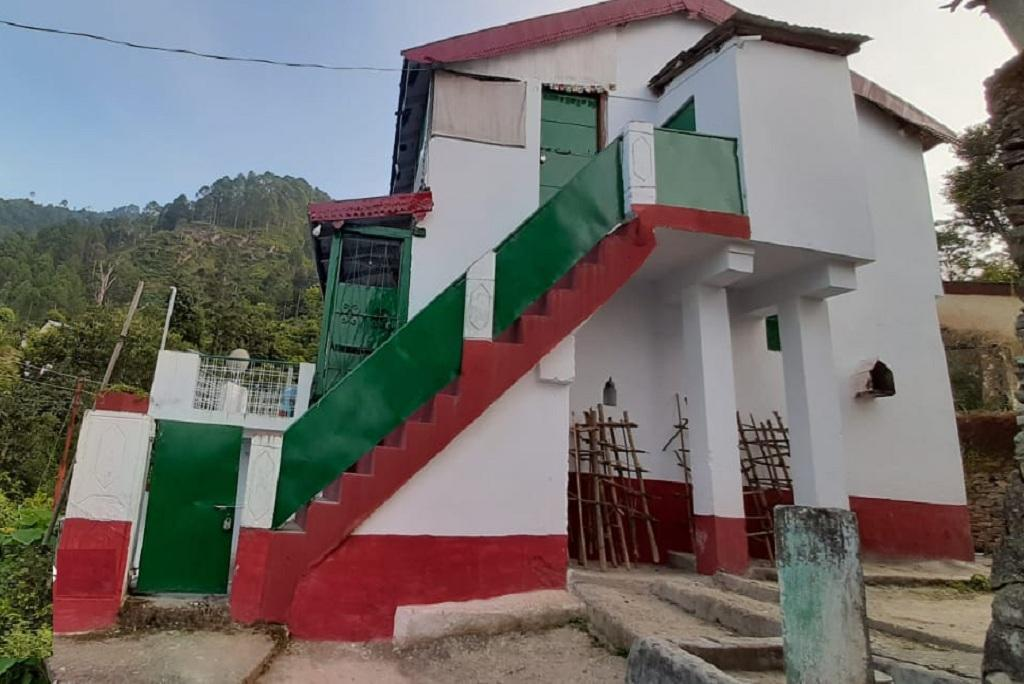 उत्तराखंड के पौड़ी जिले का एक होम स्टे। फोटो: वर्षा सिंह
