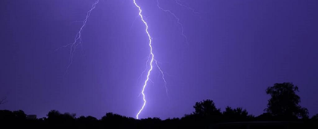 Brazil and Argentina set world records in 2018 and 2019 respectively after recording lightning strikes that travelled the farthest and lasted the longest. Photo: pikist.com