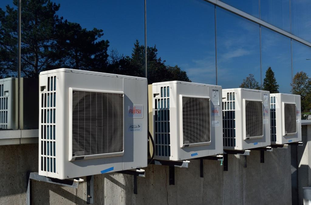 Air conditioners (AC) are a double burden as the cooling sector's growth is responsible for increasing greenhouse gas emissions. Photo: Needpix