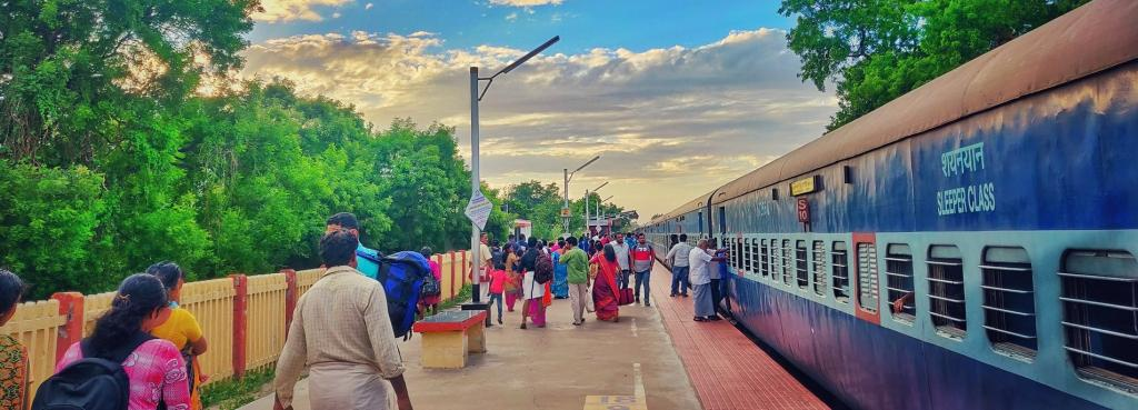 Most railway stations in India failed to comply on several parameters of wastewater management and treatment. Photo: Nithin Pa / Pexels