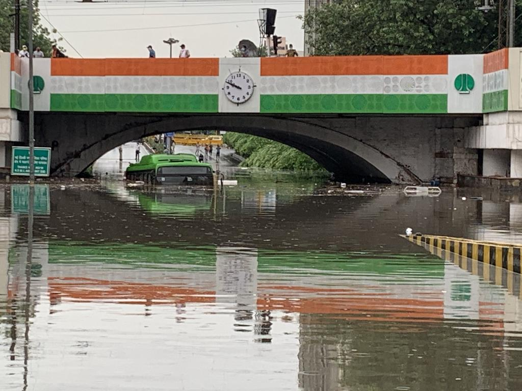 Delhi's Minto Road was waterlogged after the city received heavy rain. Photo: @aartic02 / Twitter