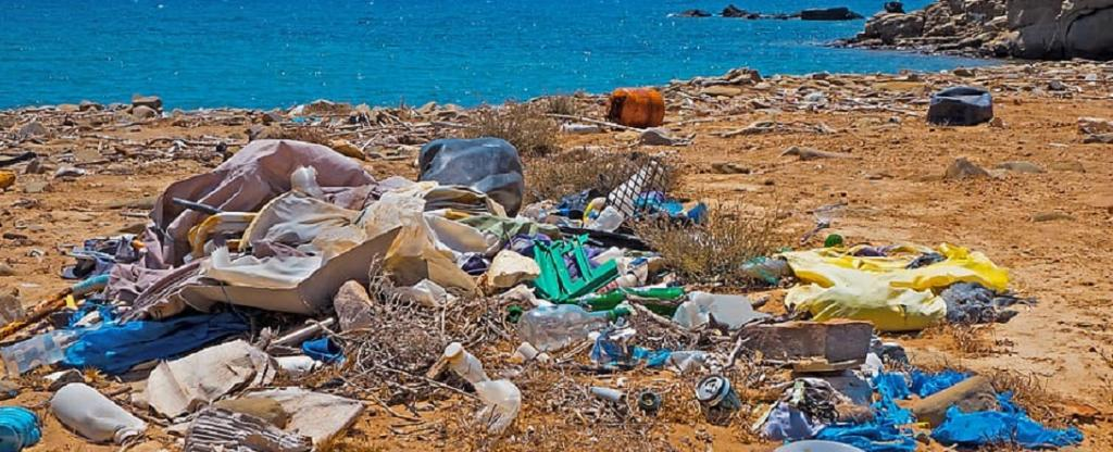 Without coordinated action, 50 kg of plastic will enter oceans for every metre of coast by 2040, a new report has said. Photo: pxfuel.com