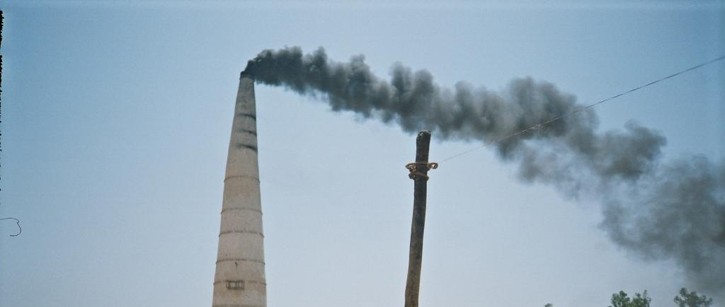 Air pollution could cut 8 years off lives of 250 mln north Indians.