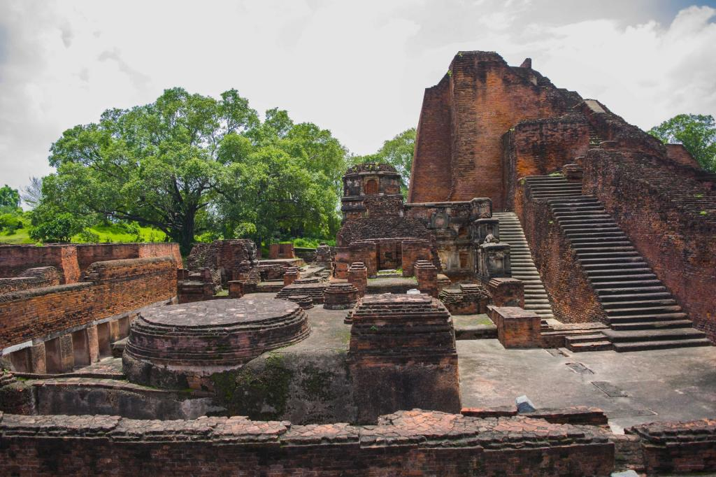 Nalanda did not reach its pinnacle of glory by complying with fiats that sought to prescribe its curriculum and regulate its scholarship. Photo: Wikimedia Commons