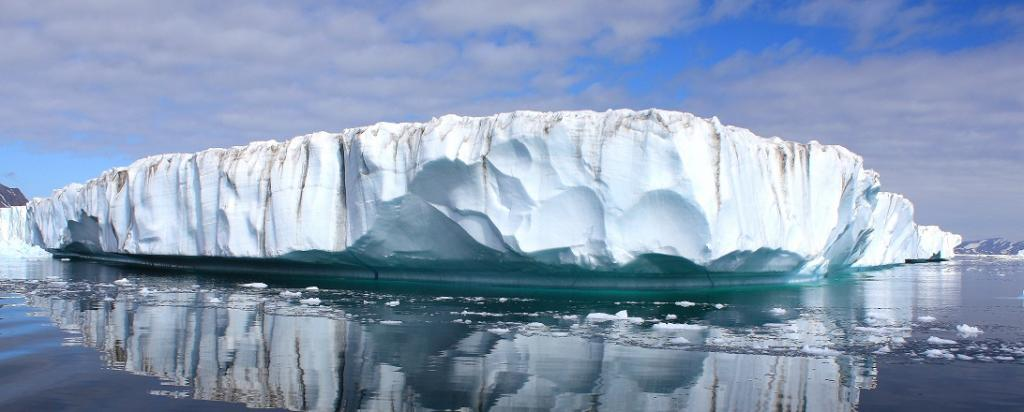 Greenland's ice sheet has melted to 'point of no return', a new study has said. Photo: Wikimedia Commons