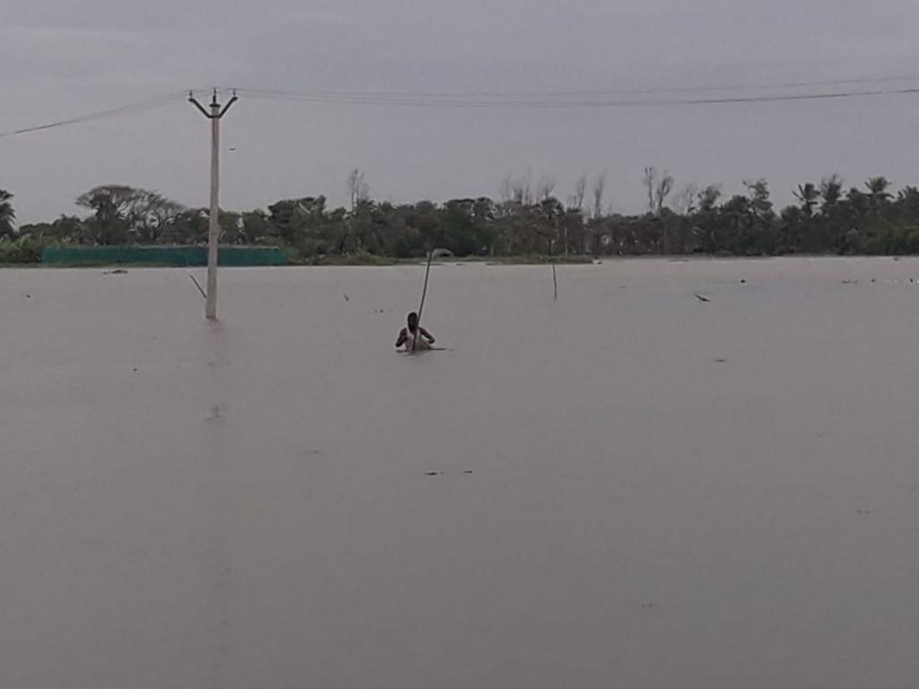 Mousuni Island, Sundarbans, South 24 Parganas, after breach in embankments. Photo arranged by: Jayanta Basu