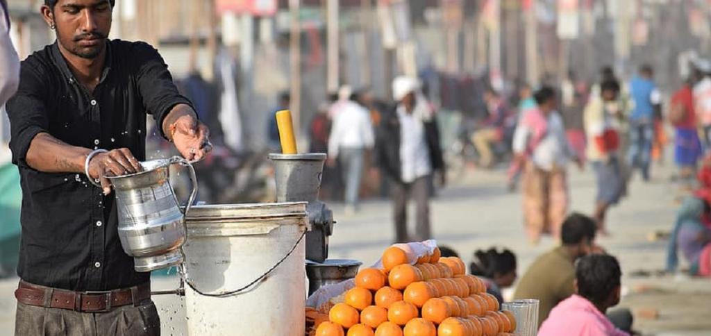 Antibiotic-resistant bacteria found in Delhi street fruit juice samples. Photo: Pikist
