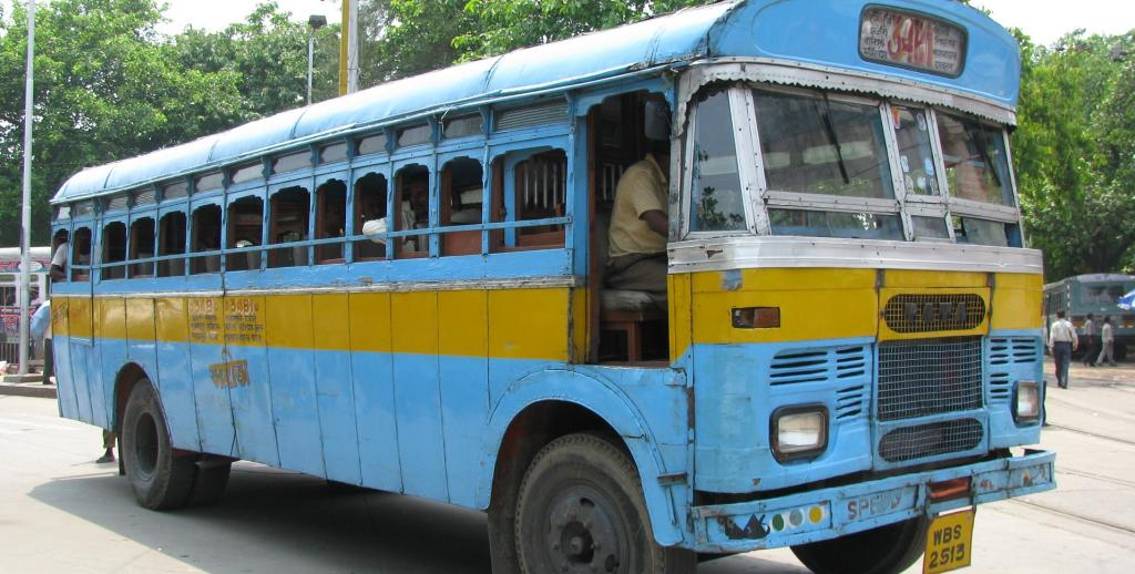 Buses contribute 24 per cent of air pollution in Kolkata. Photo: Flickr / Shankar S