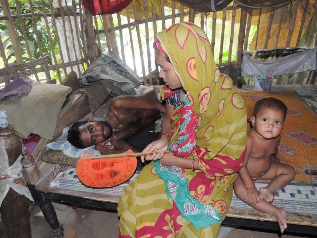 At least 250 people from Minakhan block in Sunderbans contracted the disease when they left home to work as labourers in stone and mineral grinding factories after cyclone Aila. Photo: Jayanta Basu