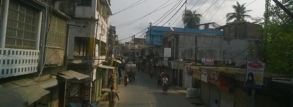 Amphan struck areas designated for sex work as well, due to which clients of sex workers from the marginal classes at Basirhat were no longer able to visit them. Photo: Wikimedia Commons