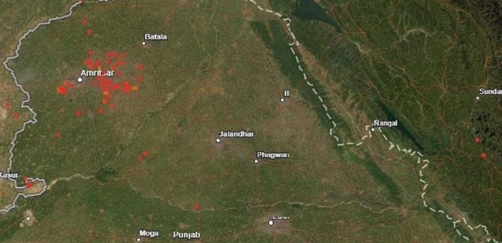 Counting north India's stubble fires: How do NASA satellites capture them. Photo: Ananya Kamboj @KambojAnanya / Twitter