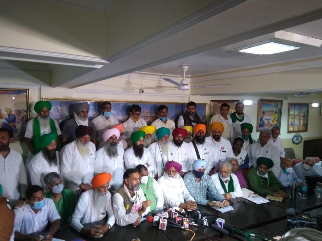 Farmers unions and activists in Delhi on October 27. Photo: Kavita Karuganti