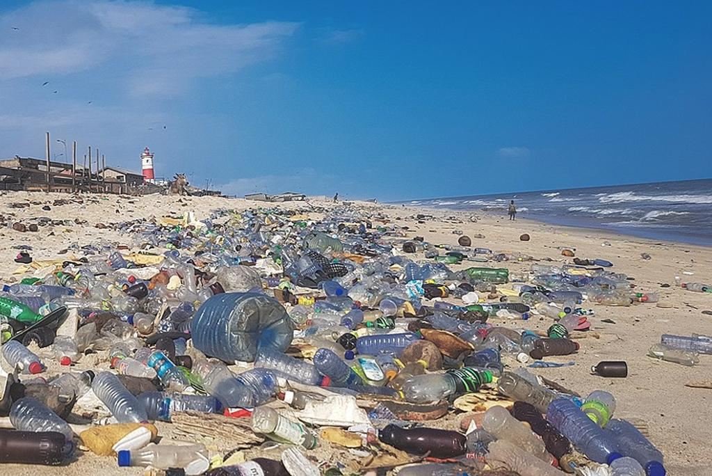 America is the largest source of plastic pollution