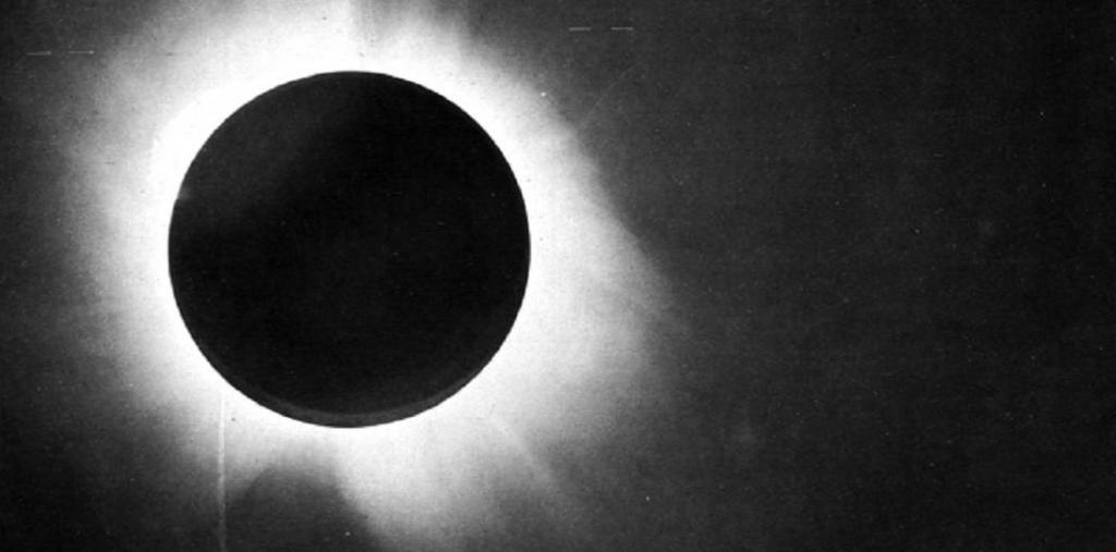 Einstein's Eclipse: It has been 101 years since 'Theory of Relativity' was validated. Photo: Wikipedia