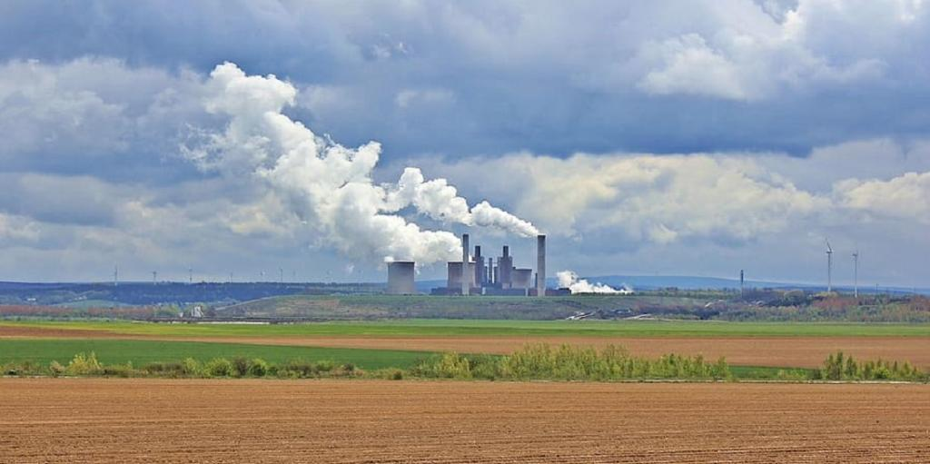 CSE disputes CEA's study urging relaxation of SO2 norms for thermal plants. Photo: www.wallpaperflare.com