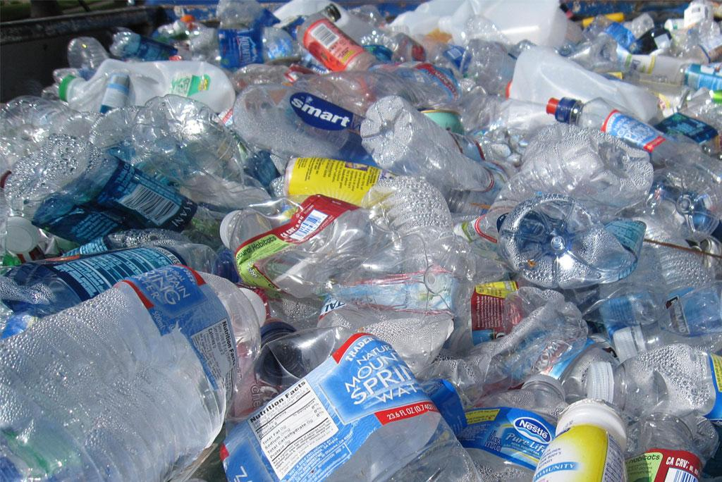 Solvent-based recycling process