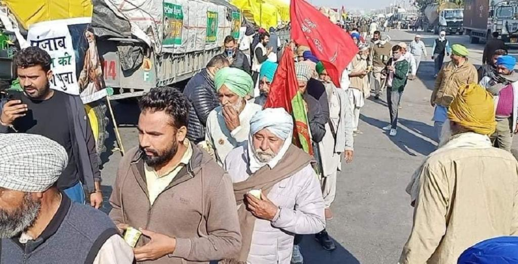 Farmers refuse govt's peace overtures, to continue protest. Photo: @Haryana_YC / Twitter