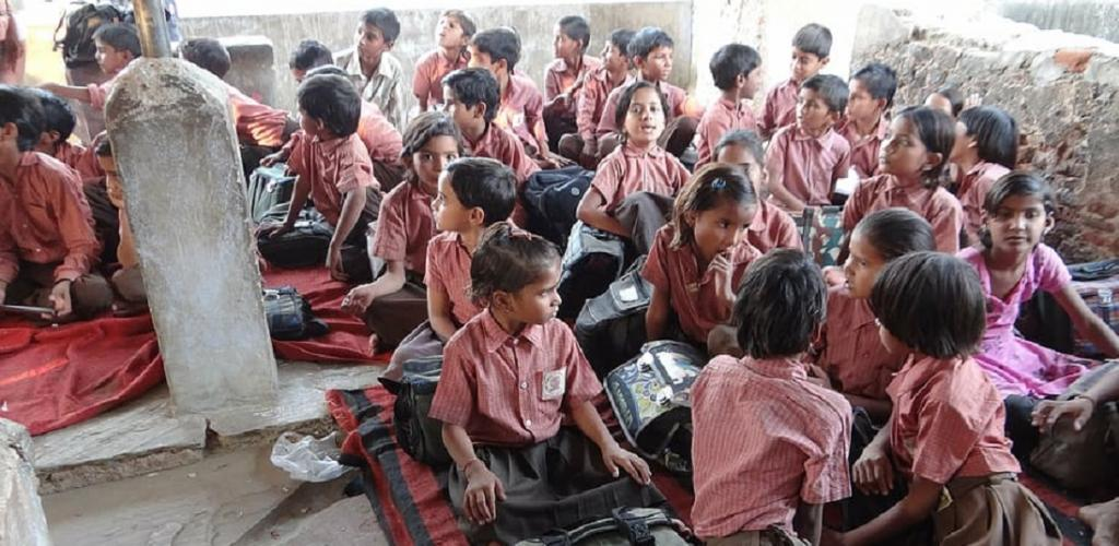 Why India should not reopen schools and colleges during COVID-19. Photo: Wallpaperflare.com
