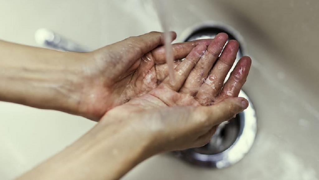 Hand washing during COVID-19 could lead to water scarcity. Photo: https://www.wallpaperflare.com/
