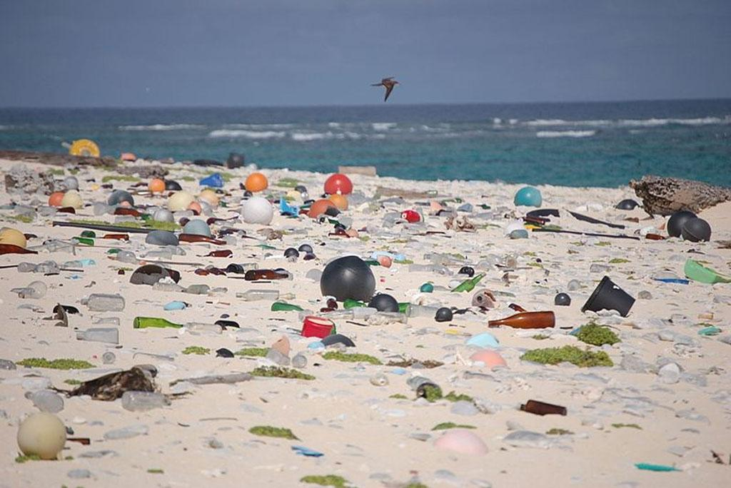 Laundry increases microplastic pollution in the Arctic