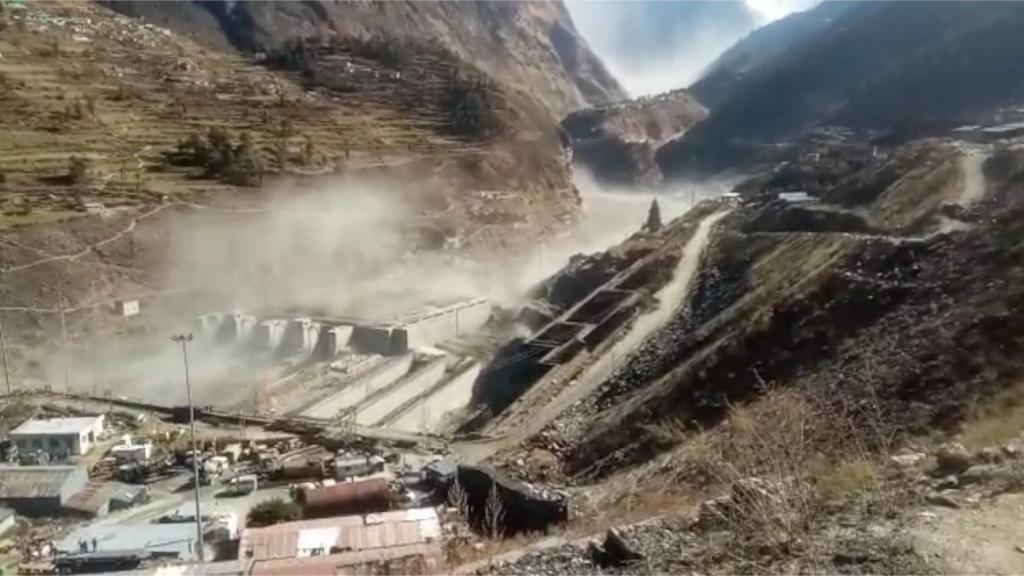 A glacier broke after an avalanche in the Joshimath area of the state's Chamoli district. Photo: Twitter