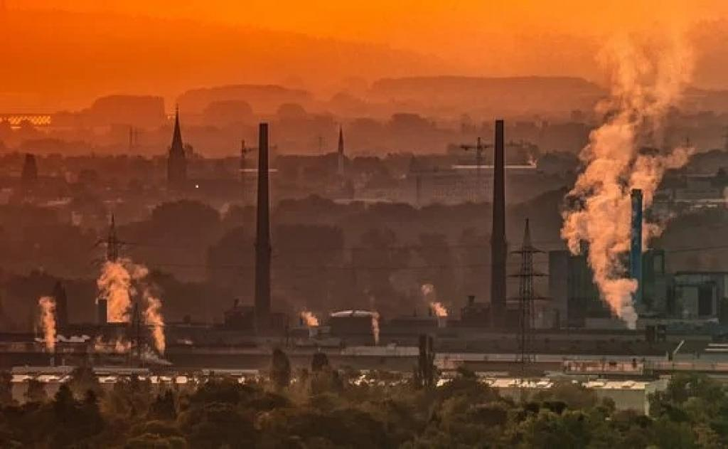 State of India's Environment: Quality of air, water and land has worsened in  India's industrial clusters between 2009 and 2018