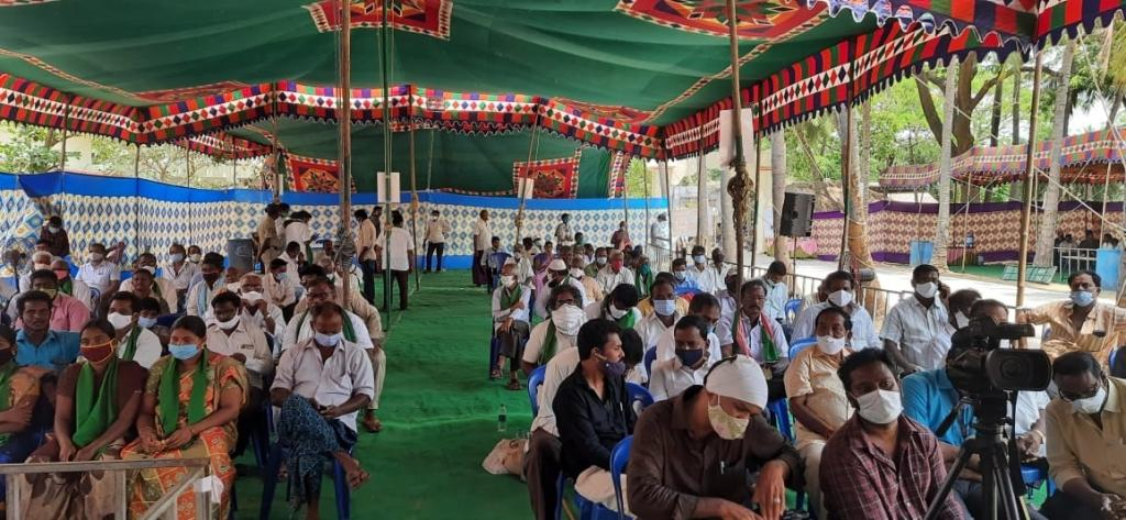Amid surging COVID-19 cases, Andhra Pradesh held public hearing for Vendata's gas project. Photo: Ramakrishna Chalamalasetty