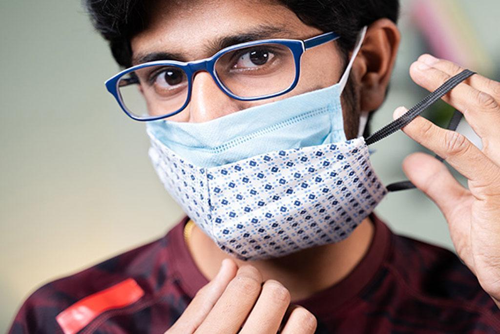 कोविड-19 से खुद को बचाना है तो पहने दोहरा मास्क : अध्ययन