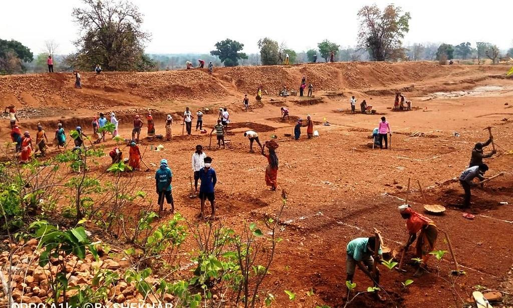 Rs 1,387 crore pending in unpaid unskilled wages under MGNREGA, data shows
