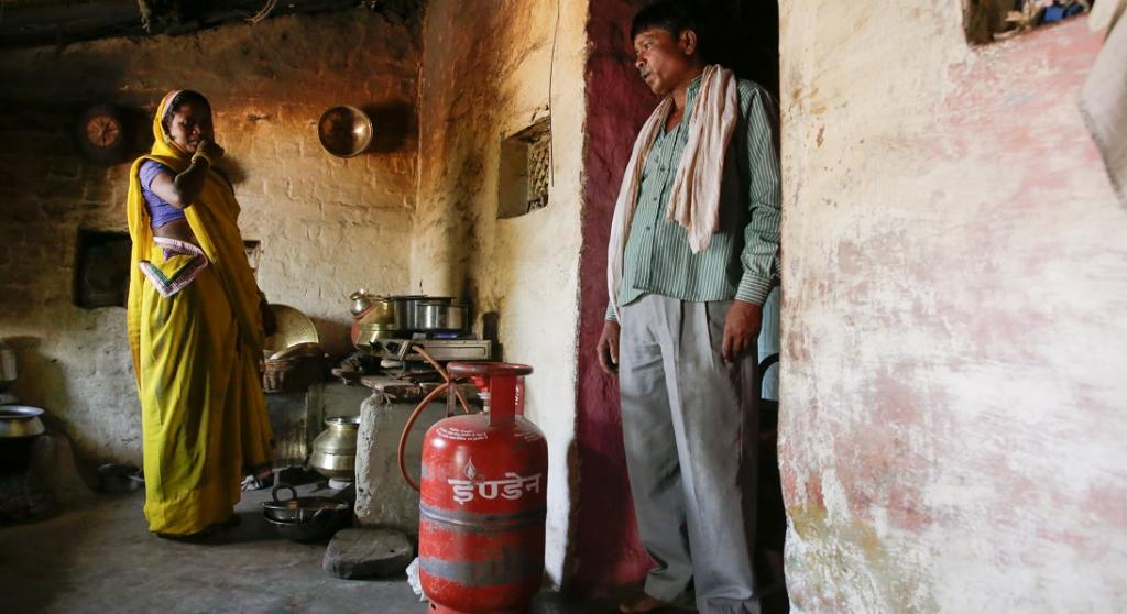 Most of the participants in the study used LPG cylinder provided under the Pradhan Mantri Ujjwala Yojana. Photo: Vikas Choudhary / CSE