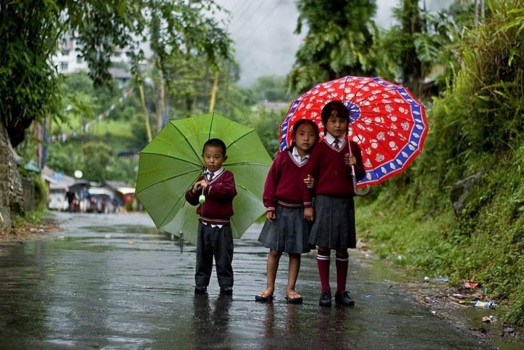 मौसम अपडेट: कहां होगी भारी बारिश, ओलावृष्टि और कहां चलेंगी तूफानी हवाएं जाने देश के मौसम का हाल