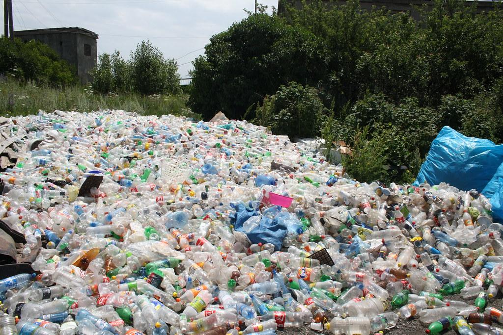 Draft plastic waste rules: Why multi-layered plastic needs to be phased out. Photo: Flickr