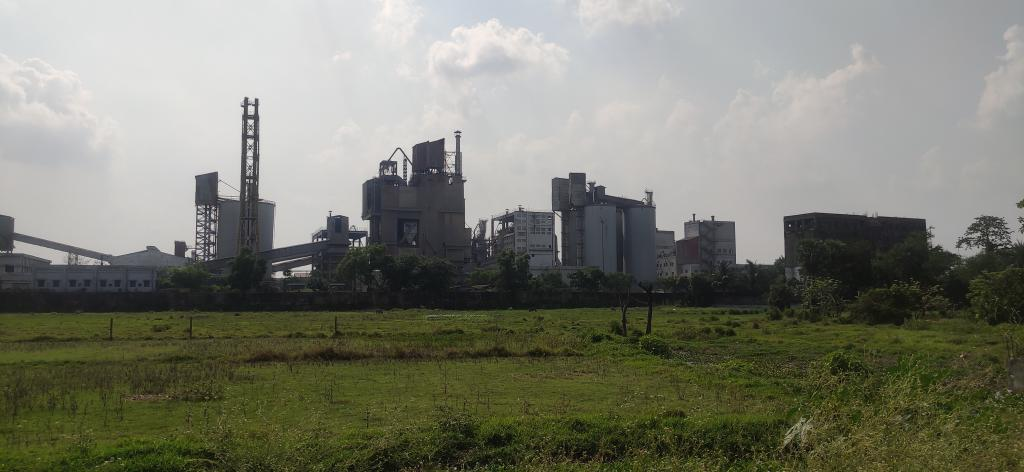 The cement factory in Dhulagarh industrial hub. The pollution affects children as little as two years. Photo: Gurvinder Singh