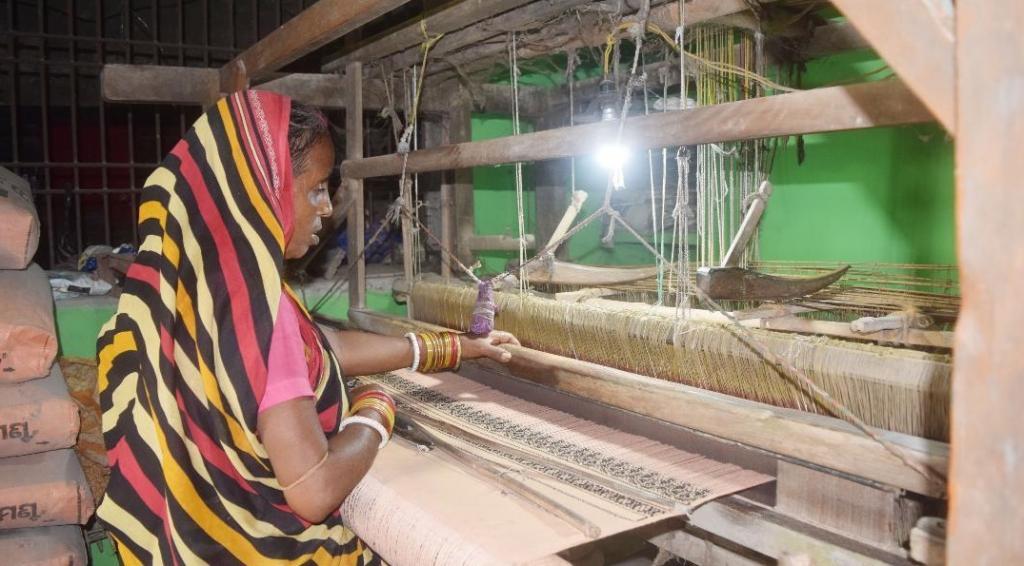 A loom worker busy at work. Photo: Ashis Senapati