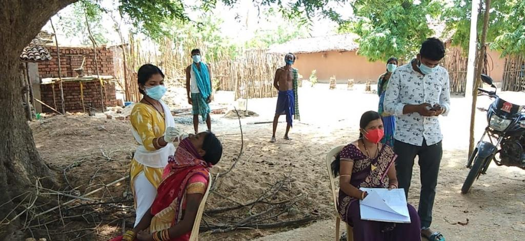 A COVID-19 testing camp at Michhapali GP, Nuapada. Photo: @DM_Nuapada / Twitter