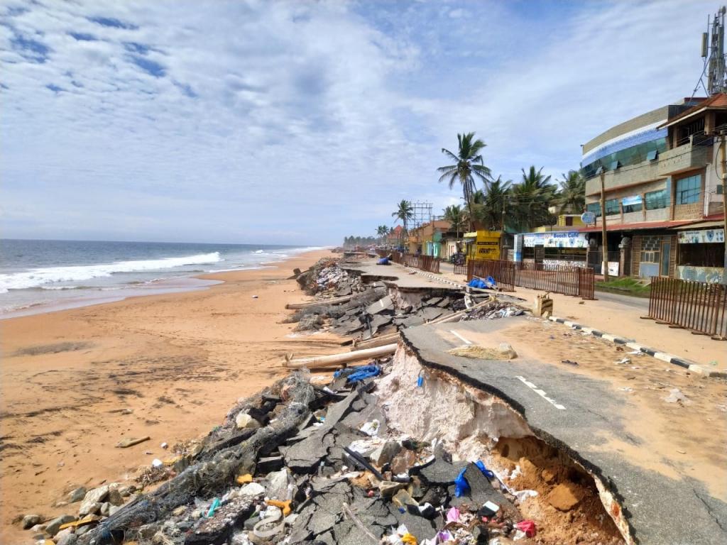 Why KERALA'S Beaches Are Shrinking?