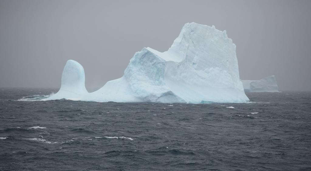 An iceberg in the Southern Ocean. Photo: Liam Quinn via Wikimedia