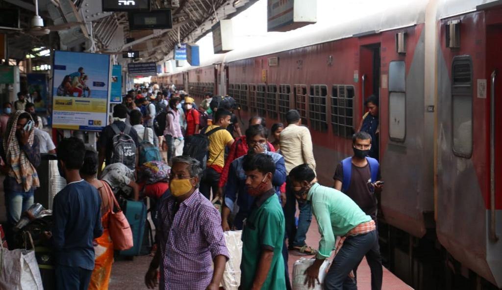 Ahmedabad, Mumbai and Chennai-bound trains from Odisha have been running to full capacity for the last 4-5 days due to the return of the migrant workers. Photo: Hrusikesh Mohanty
