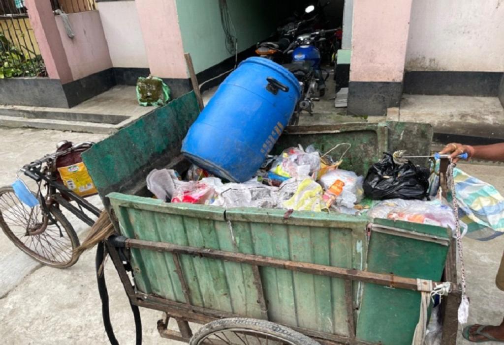 Waste collection vehicle in Ward 29 of Guwahati. Photo: Sajib M Mahanta