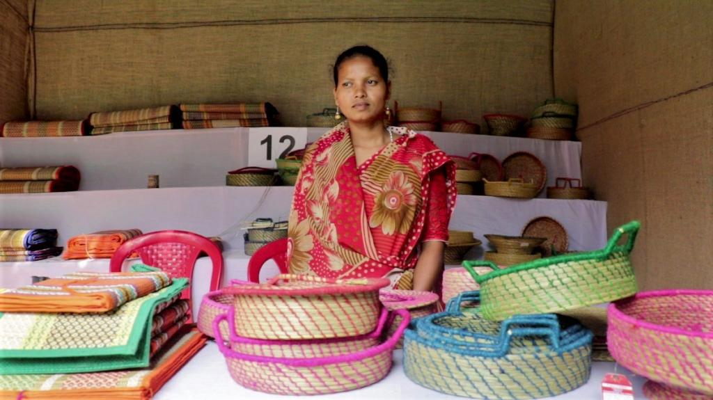 """Lockdowns to contain the novel coronavirus disease (COVID-19) pandemic dented the age-old craft as many artisans stopped work. Kanaka Jaraka, 28, from Andharisole village was not an earning-member of her family till a few months back. She found work as a sabai grass weaver at a local self-help group when her husband lost his contractual job in Jajpur and returned home. """"I earn Rs 4,000-6,000 a month,"""