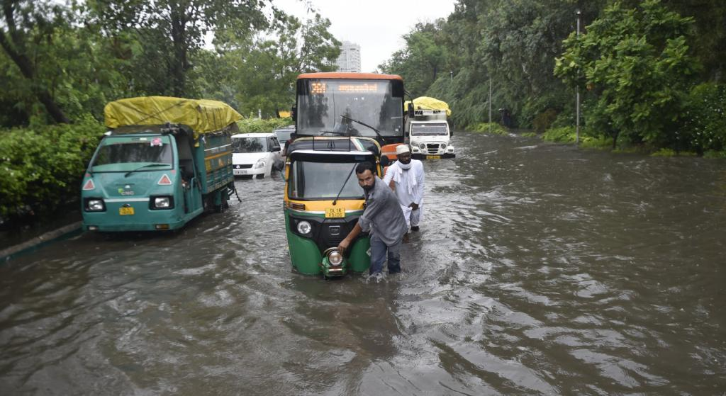Minto Bridge, Pul Prahladpur, Zakhira, Moolchand and Peeragarhi were among the stretches that were waterlogged in the city. The Pul Prahladpur underpass was blocked with water; a 27-year-old man drowned after he tried to cross the waterlogged underpass. Photo: Vikas Choudhary