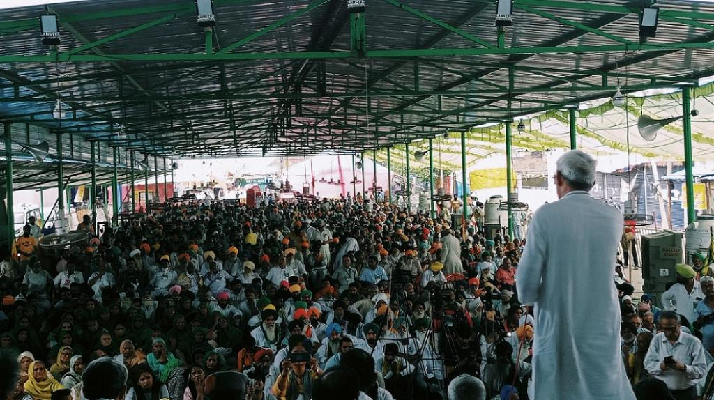 Yogendra Yadav of the Swaraj Abhiyaan party delivers a speech on the occasion of nine months since the Delhi farmers protests started. Photo: Samyukt Kisan Morcha
