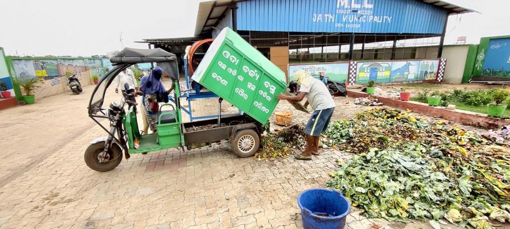 In Odisha, a paradigm shift towards decentralised waste management. Photo: Jatni Municipality