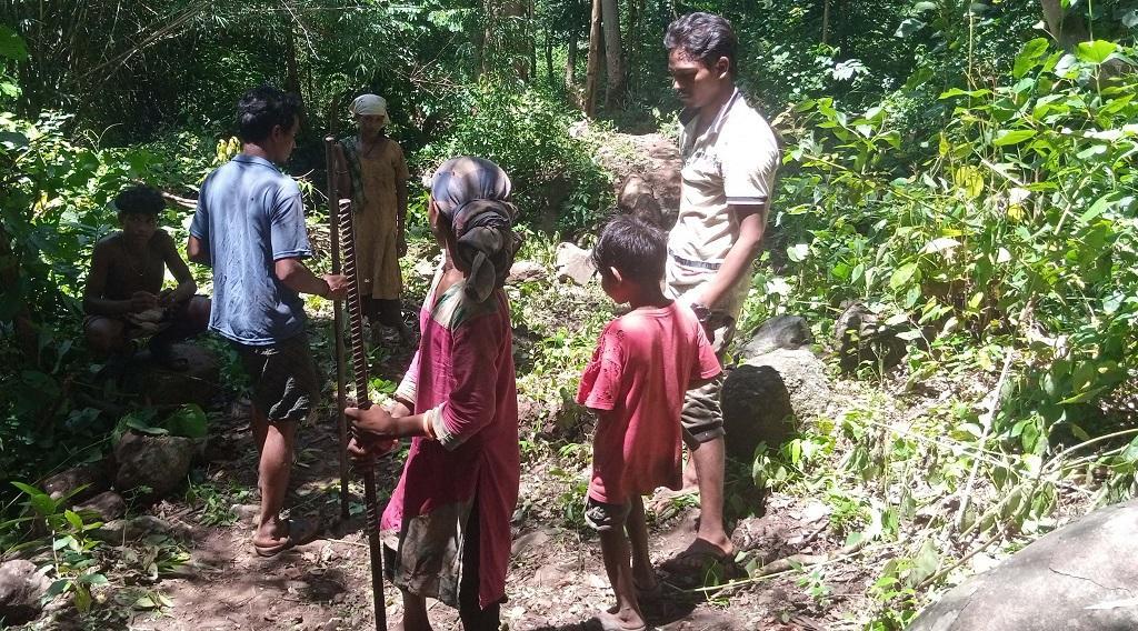 Tribal man's dream to connect his inaccessible village. Photo: Priya Ranjan Sahu