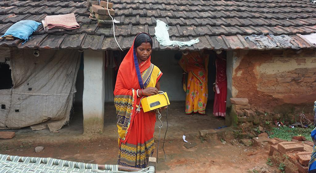 IKEA foundation with PRADAN also provides a weighing machine for weighing chickens.