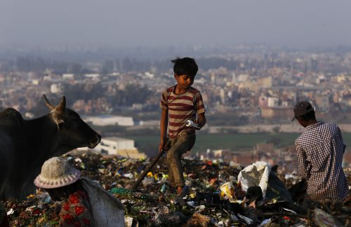 सिंगल यूज प्लास्टिक पर प्रतिबंध: विचार अच्छा लेकिन कार्य-योजना में कई खामियां